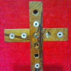 Antigüedades: CRUZ DE JERUSALEN DE MESA EN OLIVO Y NÁCAR CON LAS 14 ESTACIONES, S. XIX. . Lote 42821248