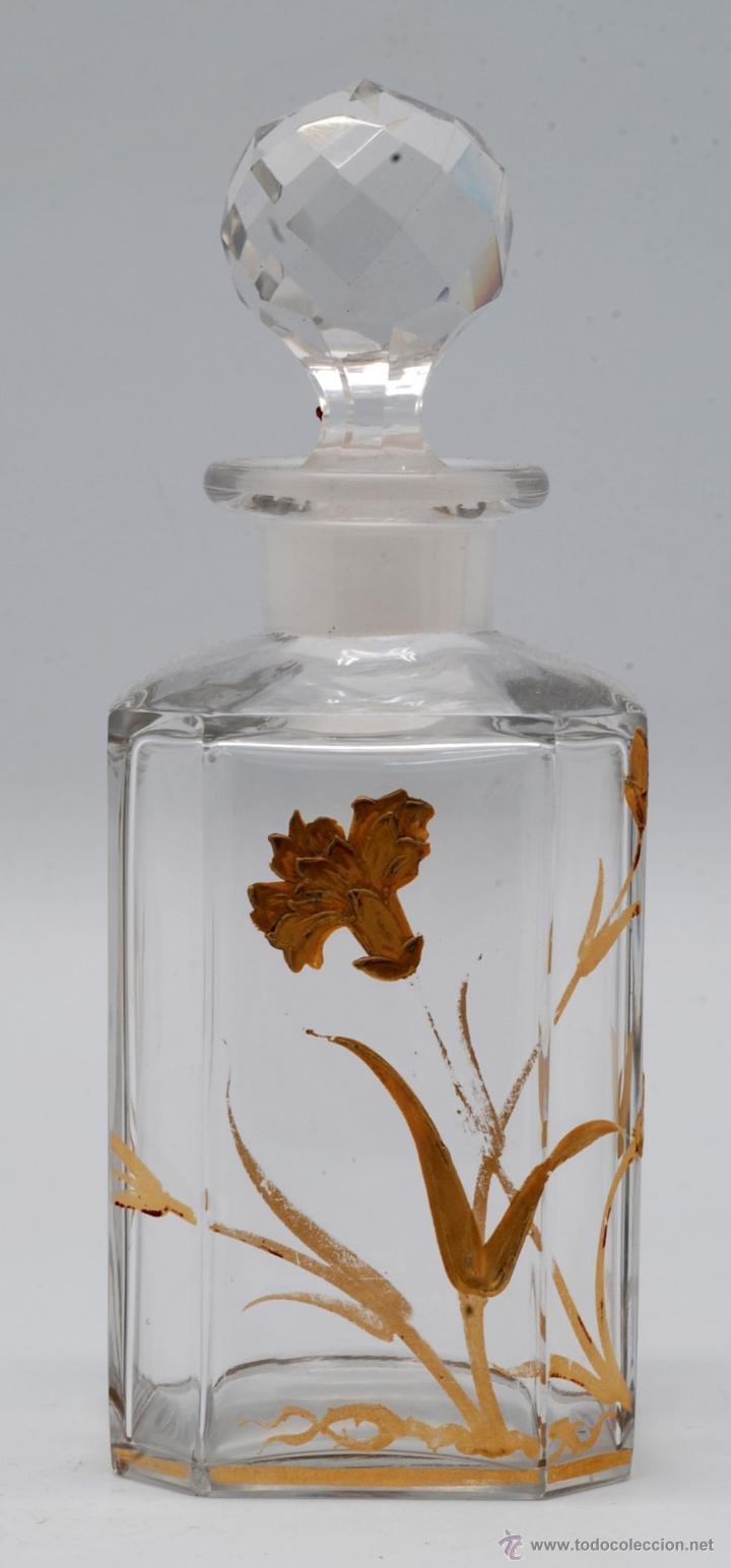 Antigüedades: Juego tocador frascos cristal Bohemia con decoraciones flores doradas al fuego Art Nouveau - Foto 2 - 42936583
