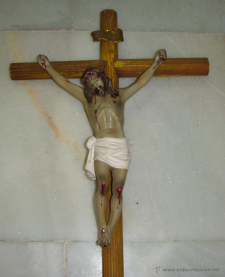 Antigüedades: Antiguo Crucifijo. Cruz de madera. Cristo de escayola. - Foto 2 - 42971503