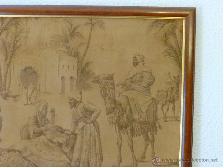 Antigüedades: TAPIZ ANTIGUO ESCENA ÁRABES - ÁRABE - ENMARCADO - Foto 5 - 42973851