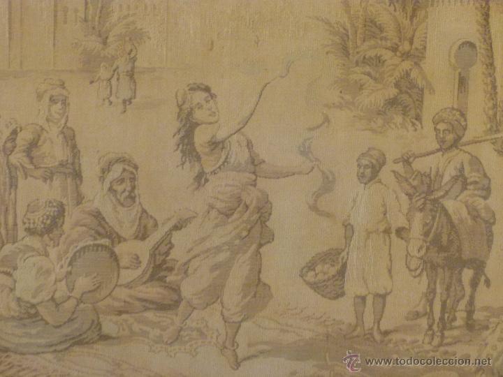 Antigüedades: TAPIZ ANTIGUO ESCENA ÁRABES - ÁRABE - ENMARCADO - Foto 7 - 42973851