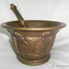 Antigüedades: IMPRESIONANTE MORTERO ANTIGUO DE BRONZE (CON DIBUJOS EN RELIEVE). 20,5CM DE DIÁMETRO. Lote 43006957