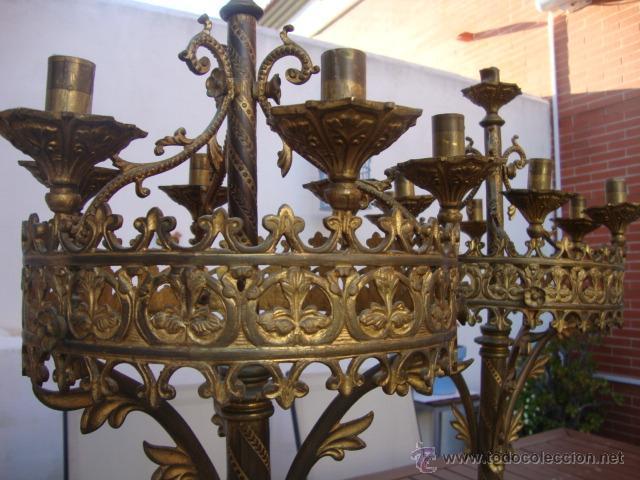 Antigüedades: extraordinaria pareja de candelabros - Foto 7 - 43016710