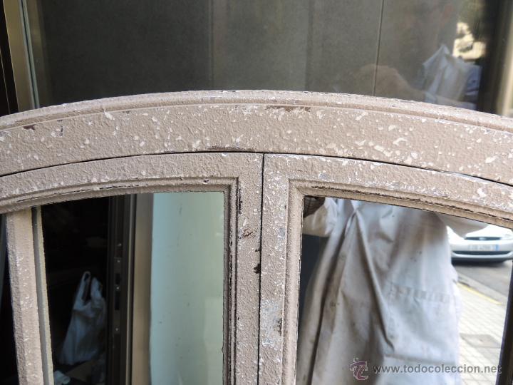 Antigüedades: ESPEJO VENTANA CON DOS PUERTAS EN DECAPE PERFECTO ESTADO 96 X 141 CM - Foto 7 - 221789527