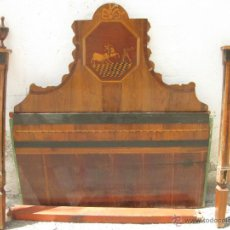 Antigüedades: CABECERO ANTIGUO DE CAMA CON MARQUETERIA Y ESCENA TAURINA. Lote 43083644