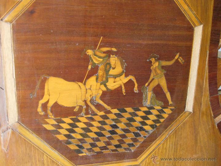 Antigüedades: CABECERO ANTIGUO DE CAMA CON MARQUETERIA Y ESCENA TAURINA - Foto 12 - 43083644