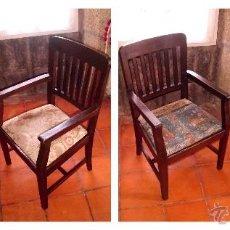 Antigüedades: PAREJA DE SILLAS DE OFICINA ANTIGUA·MADERA DE CASTAÑO. Lote 43084351