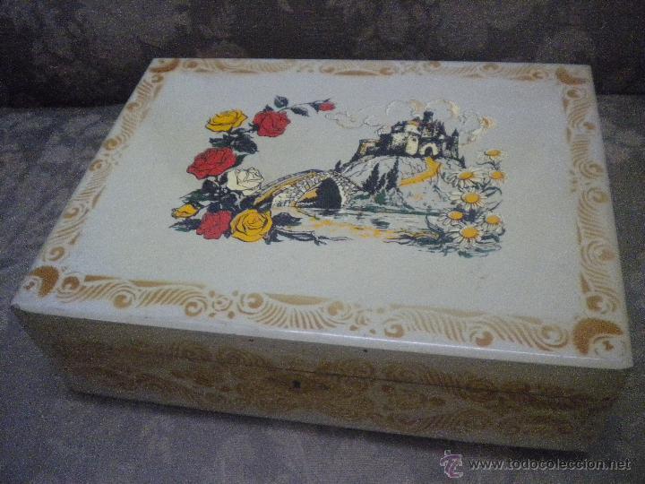 antigua caja en madera pintada a mano la estrella registrada x x cm