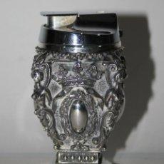 Antigüedades: EXCEPCIONAL MECHERO EN PLATA DE LEY PUNZONADA, PROFUSAMENTE CINCELADO A MANO. Lote 43095956