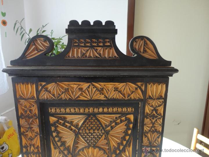 Adesivo Decorativo Infantil De Parede ~ precioso aparador en madera tallada bohemia c Comprar Aparadores Antiguos en todocoleccion