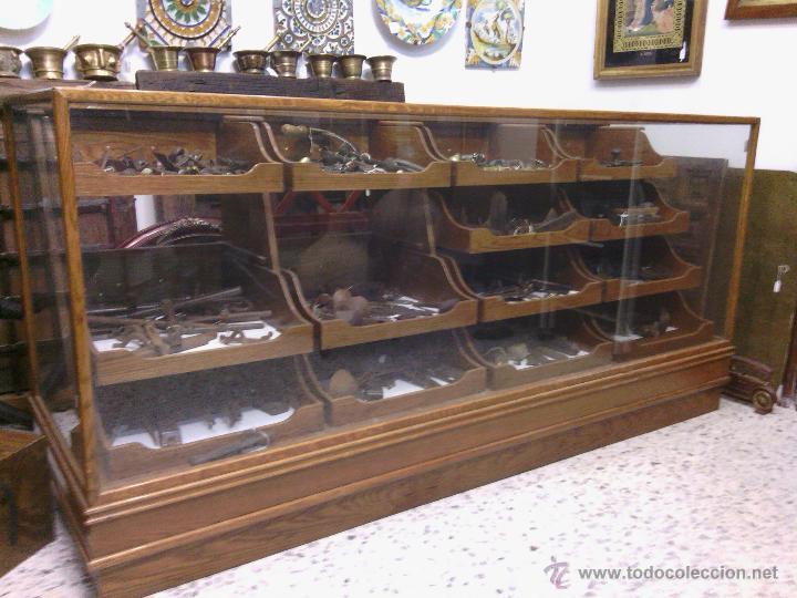 Vitrina antigua de madera y cristal con cajones comprar - Cajones de madera antiguos ...