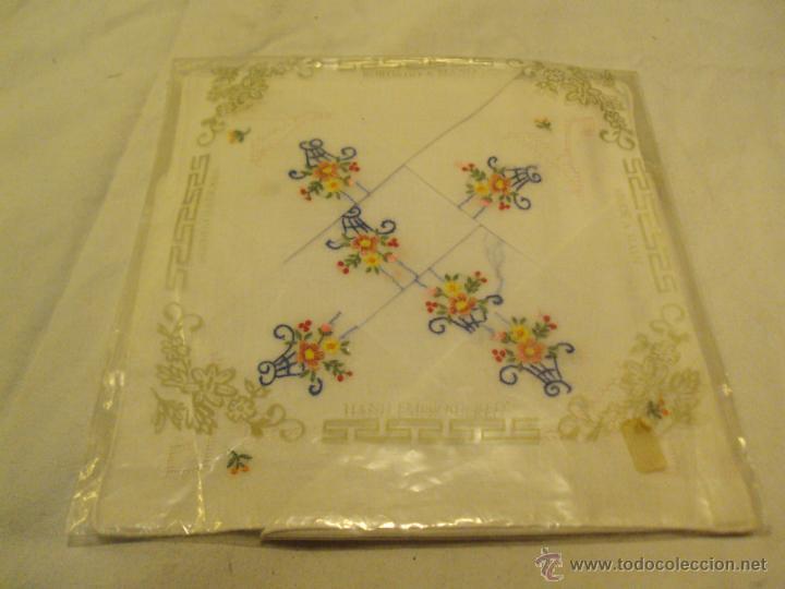 Antigüedades: lote antiguos pañuelos de mano bordados a mano - Foto 3 - 43286531