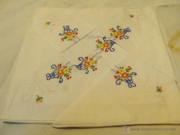 Antigüedades: lote antiguos pañuelos de mano bordados a mano - Foto 5 - 43286531