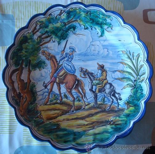 PLATO DE CERÁMICA TALAVERA CON MOTIVO DEL QUIJOTE Y SANCHO PANZA (Antigüedades - Porcelanas y Cerámicas - Talavera)