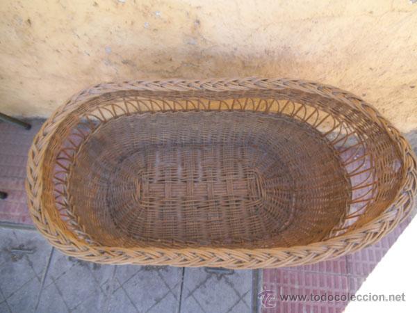 Antigüedades: FABULOSA CUNA DE MIMBRE CON PATAS Y RUEDAS DE MADERA - Foto 6 - 212252157