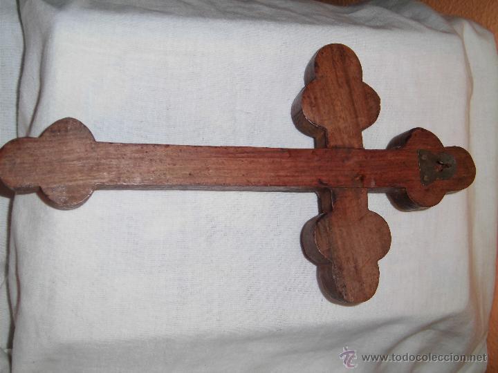 Antigüedades: ANTIGUA CRUZ DE MADERA TALLADA CON CRISTO DE BRONCE - Foto 8 - 120581059