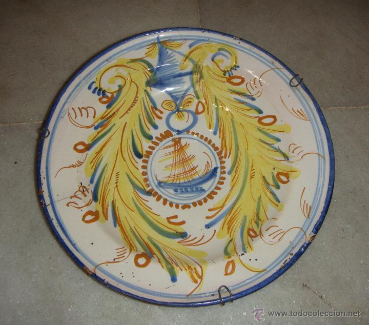 PRECIOSO PLATO DE RIBESALBES (CASTELLÓN). S.XIX. BARCO EN EL CENTRO (MOTIVO MUY BUSCADO) (Antigüedades - Porcelanas y Cerámicas - Ribesalbes)