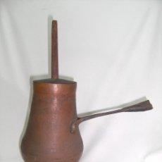 Antigüedades: CHOCOLATERA DE LATÓN, 1850-1900. Lote 43372498