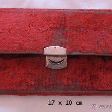 Antigüedades: NECESER COSTURERO DE VIAJE ANTIGUO. Lote 43376114
