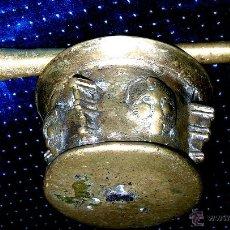 Antigüedades: ALMIREZ ANTIGUO SOBRE 1700, VER MEDIDAS, PESO ,FOTOS Y DETALLES. ENVÍO PAGO. Lote 43392584