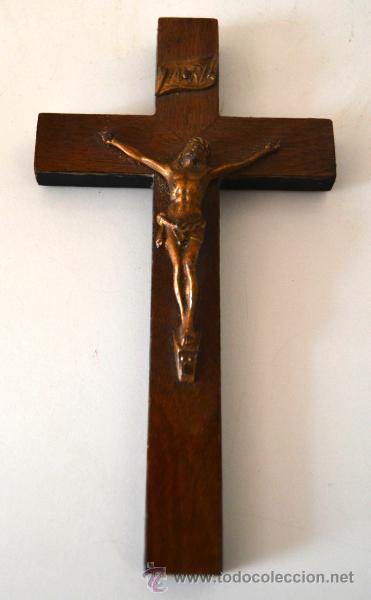 CRUZ * CRISTO * CRUCIFIJO DE MADERA Y METAL (Antigüedades - Religiosas - Crucifijos Antiguos)