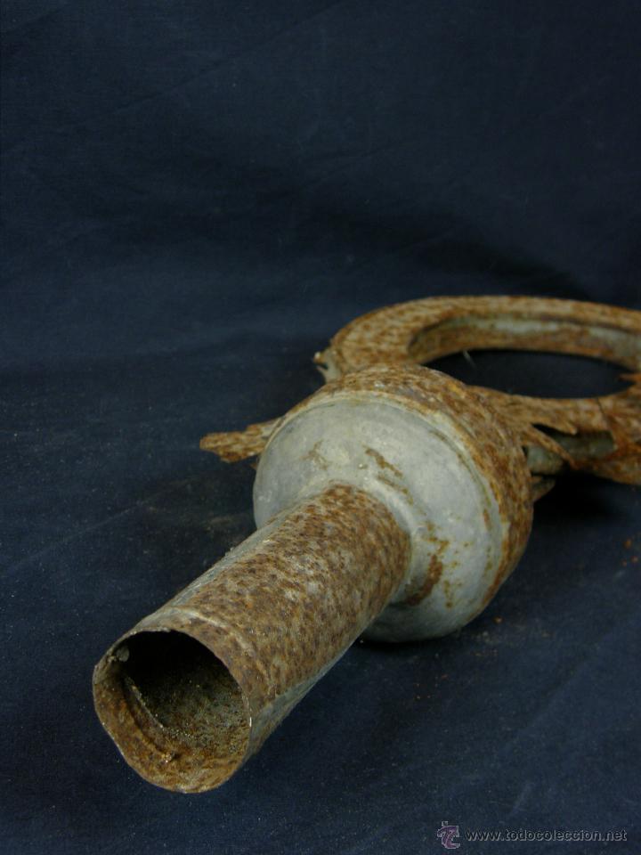 Antigüedades: remate de resplandor procesional hojalata ovalo radiado altura 47 cm ancho 22 cm peso 440 gr - Foto 2 - 43419653