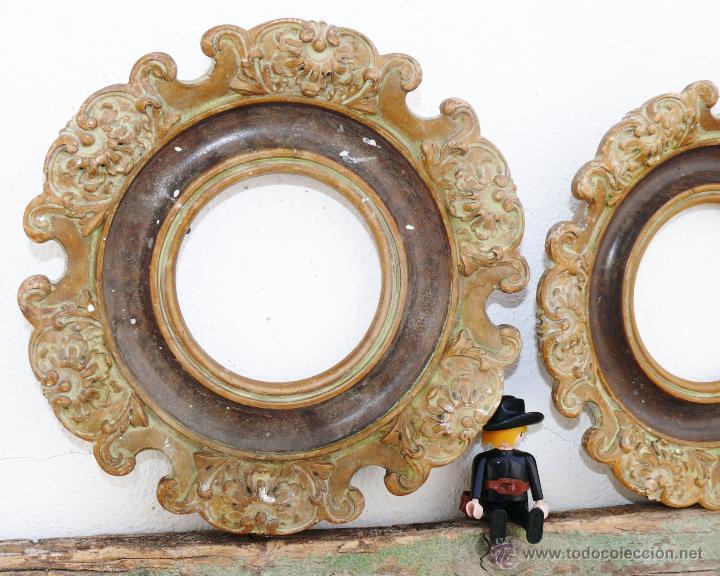 Antigüedades: PAREJA DE MARCOS ISABELINOS EN MADERA Y TERRACOTA ANTIGUOS PARA PORTAFOTOS O ESPEJO - Foto 2 - 43439277