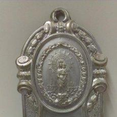 Antigüedades: ANTIGUO Y MUY BONITO RECUERDO DE ZARAGOZA CON VIRGEN DEL PILAR. Lote 43452216