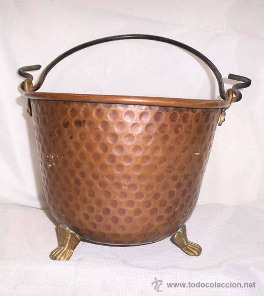 Antigüedades: PRECIOSA CALDERA DE COBRE CON PATAS DE METAL - Foto 2 - 43485048