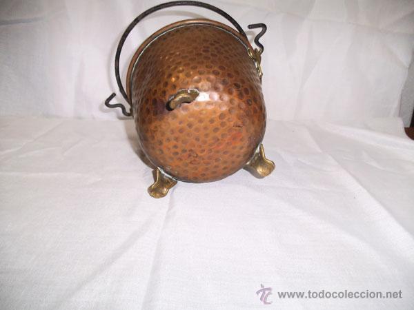 Antigüedades: PRECIOSA CALDERA DE COBRE CON PATAS DE METAL - Foto 5 - 43485048