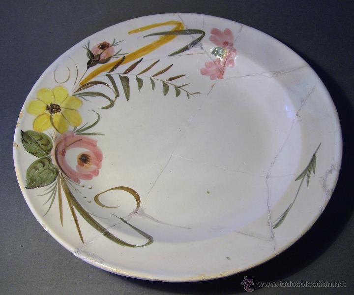 GRAN PLATO CERAMICA DE MANISES (Antigüedades - Porcelanas y Cerámicas - Manises)