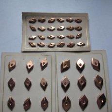 Antigüedades: 124 ANTIGUOS BOTONES METÁLICOS. Lote 136364306