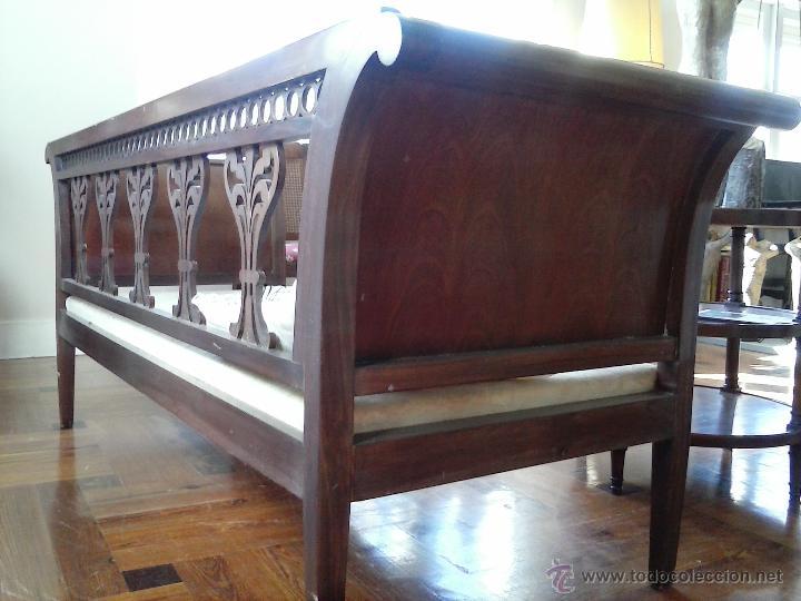 Antigüedades: Precioso y antiguo sofá de madera - Foto 2 - 37614088