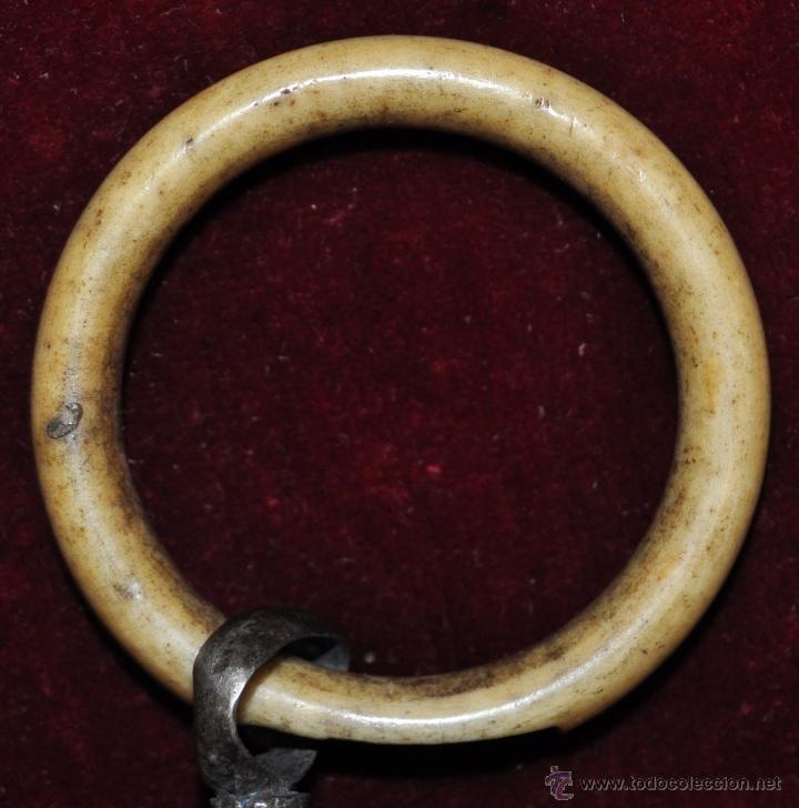 Antigüedades: SONAJERO O SONAJA EN PLATA Y HUESO DE APROXIMADAMENTE 1900 - Foto 8 - 43658938