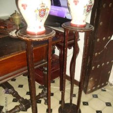 Antigüedades: ANTIGUA PAREJA DE MACETEROS DE MADERA 100 CM . Lote 31114551