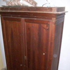 Antigüedades: ARMARIO GUARDARROPA MADERA PINO DEL CANADA S. XIX. Lote 43668431