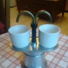Antigüedades: ANTIGUA Y PECULIAR CAFETERA ITALIANA PARA DOS TAZAS. LAS TAZAS NO SE INCLUYEN. Lote 43700202
