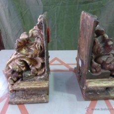 Antigüedades: ANTIGUA PAREJA DE MÉNSULAS EN PAN DE ORO FINO. ORIGINALES DEL SIGLO XVI. BUENA CONSERVACIÓN. Lote 43711342