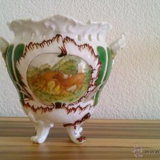 Antigüedades: PRECIOSO JARRÓN CENTRO DE MESA DE PORCELANA GIRAUD LIMOGES FRANCE.PINTADO A MANO.PIEZA EXCLUSIVA.. Lote 43726303