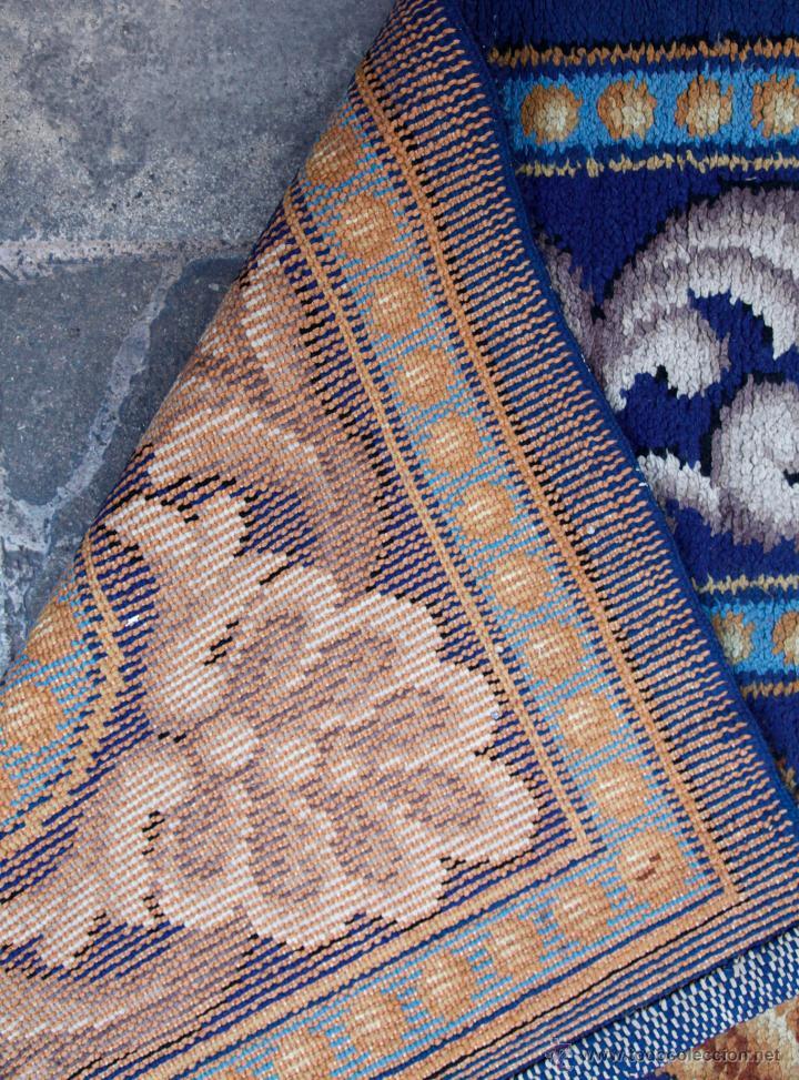 Antigüedades: magnífica alfombra azul anudada a mano, 198 cm x 294 cm. En buen estado general - Foto 2 - 43781867