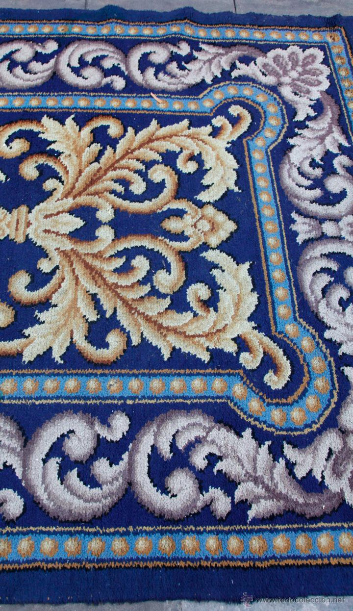 Antigüedades: magnífica alfombra azul anudada a mano, 198 cm x 294 cm. En buen estado general - Foto 5 - 43781867