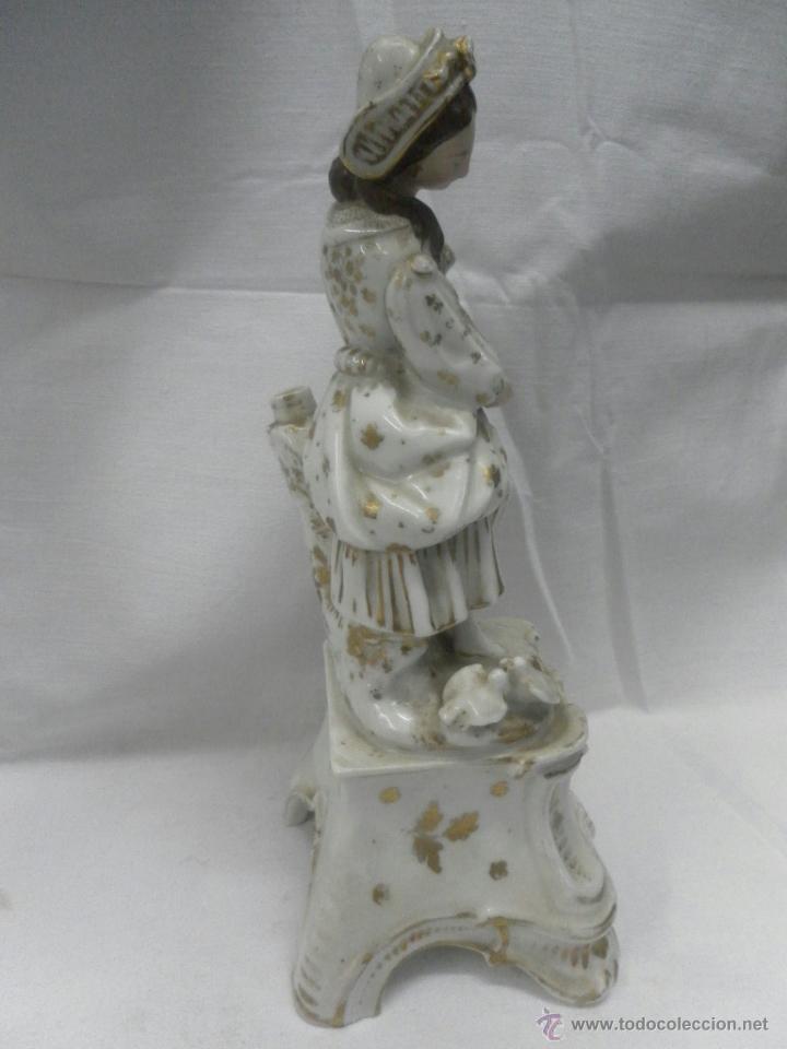 Antigüedades: Pareja figuras porcelana españolas. Época Isabelina - Foto 10 - 43848208
