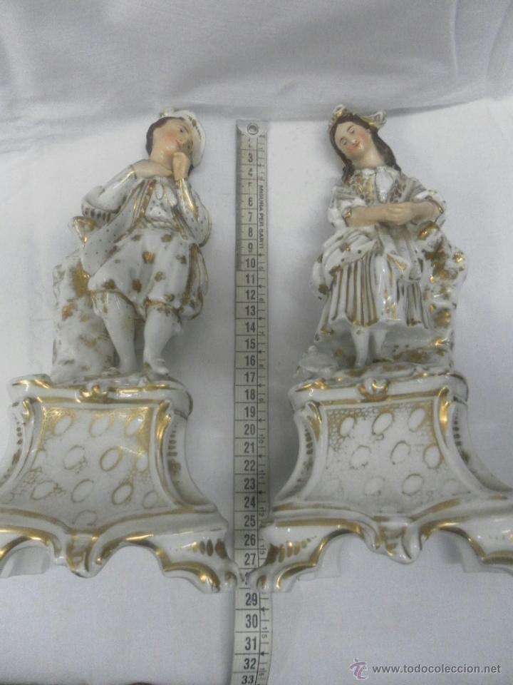 Antigüedades: Pareja figuras porcelana españolas. Época Isabelina - Foto 15 - 43848208