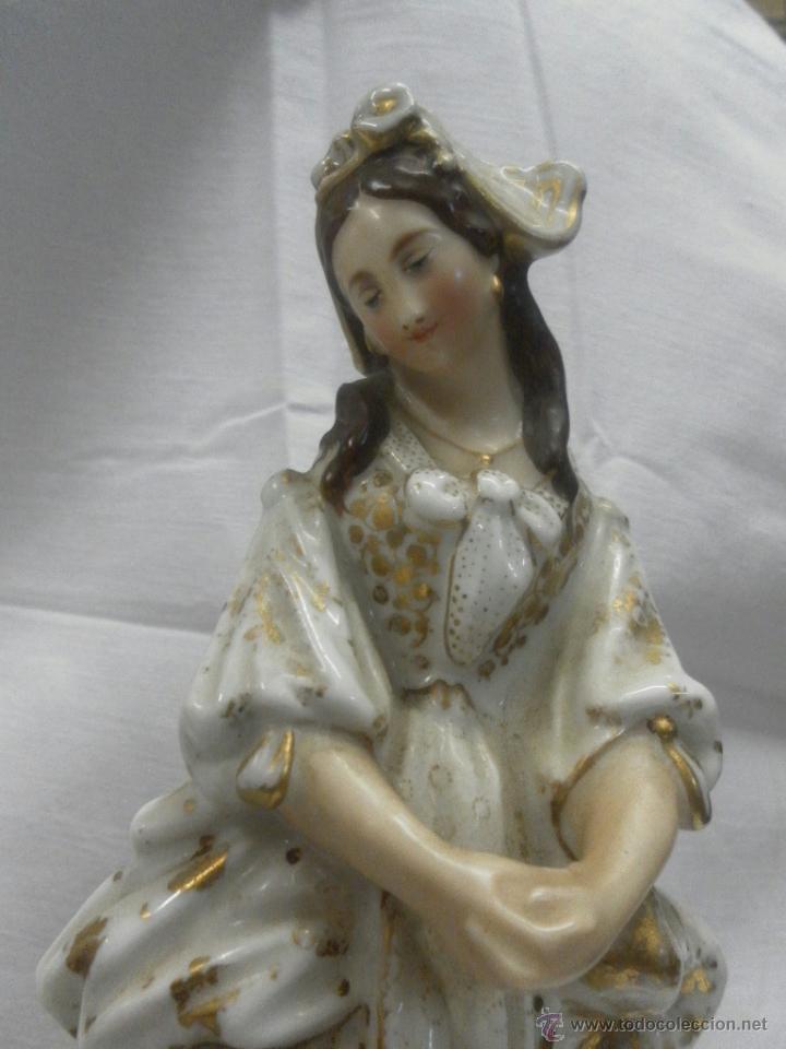 Antigüedades: Pareja figuras porcelana españolas. Época Isabelina - Foto 17 - 43848208