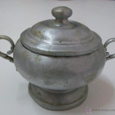 Antigüedades: SOPERA AZUCARERA OLLA CAZUELA ANTIGUA PEQUEÑA DE ALUMINIO. Lote 43849171