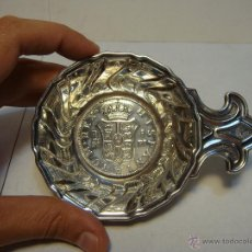 Antigüedades: CENICERO O BANDEJITA DE PLATA .925 MLS (CON CONTRASTE). CON REPRODUCCIÓN DE MONEDA ESPAÑOLA.. Lote 43869536