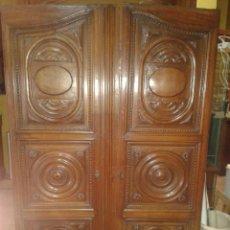 Antigüedades: PUERTAS SIGLO XVIII DE ARMARIO. Lote 43895145