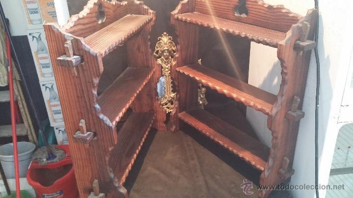 Antigüedades: Dos repisas de madera antiguas, en madera madera, bien conservadas - Foto 2 - 43921546