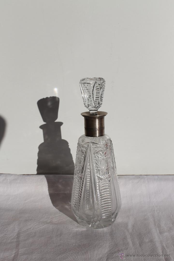 LICORERA DE CRISTAL PROFUSAMENTE TALLADA ESTILO VENECIANO (Antigüedades - Cristal y Vidrio - Murano)