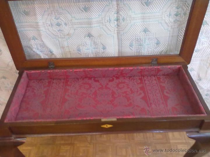 Antigüedades: MESA VITRINA EXPOSITOR MOSTRADOR CAOBA PATA GARRA - Foto 9 - 43972910
